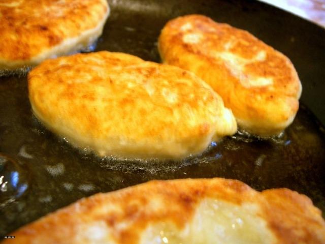Рецепт пирожков с печенью и картошкой на сковороде рецепт